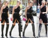 Gigi Hadid Upskirt Vestido Con Abertura Con Botas Altas