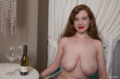 Huge tits woman Misha Lowe naked photo 7