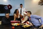Alexa Pierce - Heres Your Christmas Bonus (hardcore)k6qiog2s3x.jpg